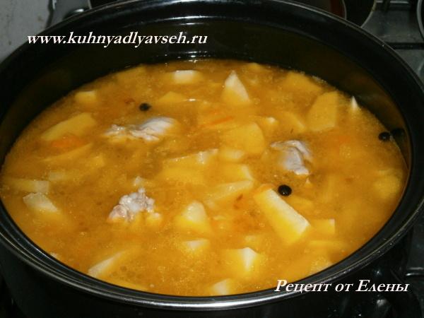 Соус из курицы и картофеля