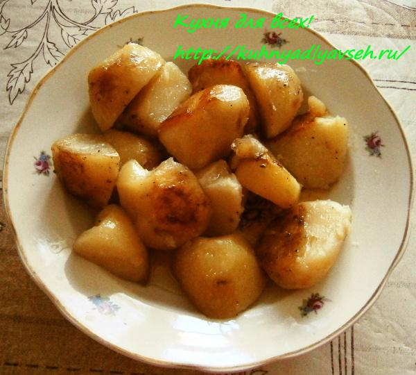 Картофель по-деревенскому в мультиварке